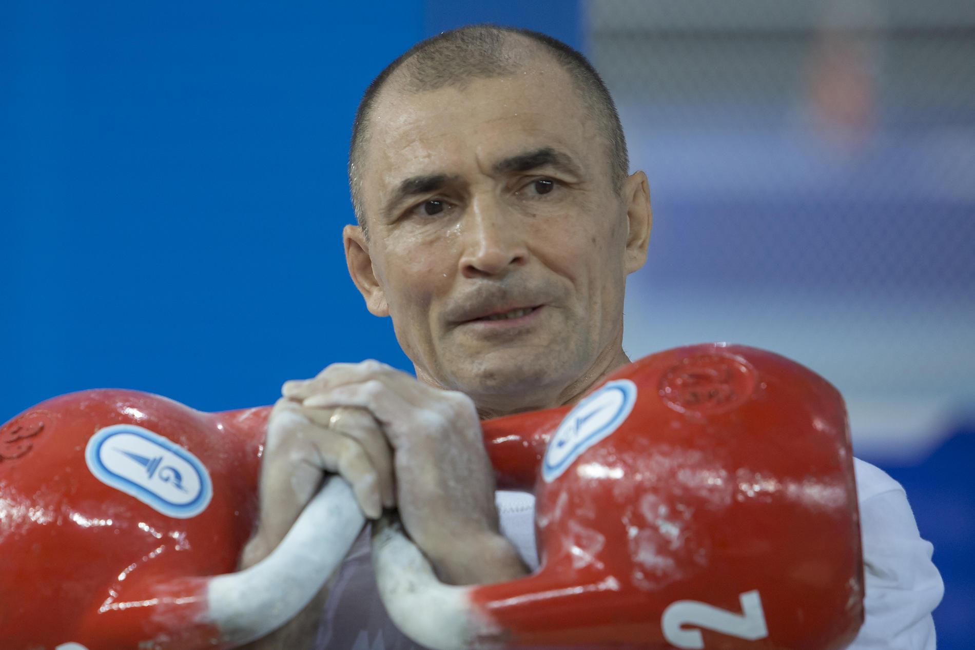 Винер Абзалов